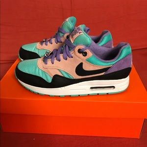 Nike Air Max 1 Have a Day